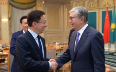 Kazakh President Kassym-Jomart Tokayev receives Vice Premier of State Council of the People's Republic of China Han Zheng
