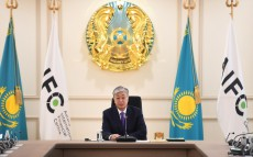 The Kazakh leader holds meeting of the Council on AIFC management