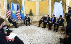 Meeting with the US Secretary of State John Kerry