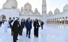 President Kassym-Jomart Tokayev visited the Sheikh Zayed Grand Mosque in Abu Dhabi